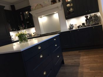 """PWS Second Nature """"Langham"""" – Painted in House Farrow & Ball Hague Blue"""